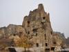 เที่ยวตุรกี : คนในอดีตขุดหน้าผาอยู่ในลักษณะถ้ำ